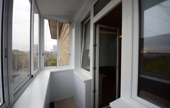 Рассчитать остекление балкона алюминием как регулировать стеклопакет балкона